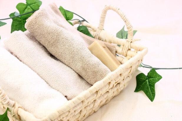 バスケットのタオルと石鹸3