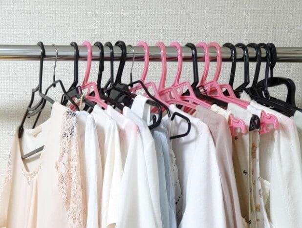 女性の衣類